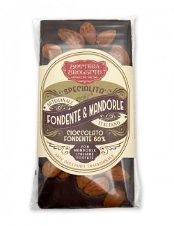 Tavoletta di cioccolato fondente con mandorle